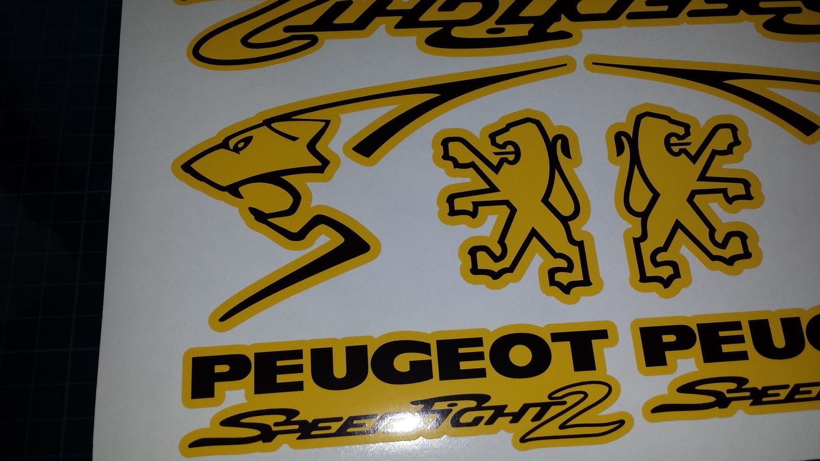 moreover 350689362365 besides Peugeot Speedfight 2 Stickerdecal Set Yellow Black 50 70 100 Speedy Pug 6545 P also Download Free Bikes And Cars Desktop Wallpapers Screen Savers in addition Twilight Sparkle. on moped stickers